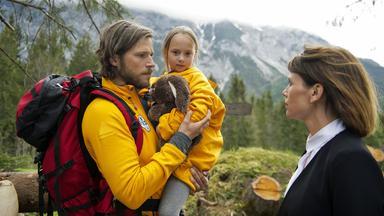 Die Bergretter - Die Bergretter: Mutterseelenallein (2)