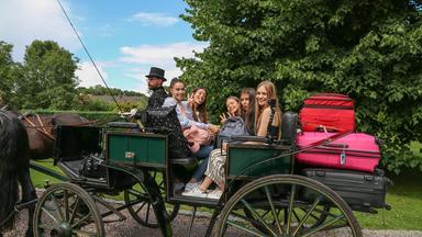Die Wg - Die Mädchen-wg: Im Schloss Am See - Folge 1