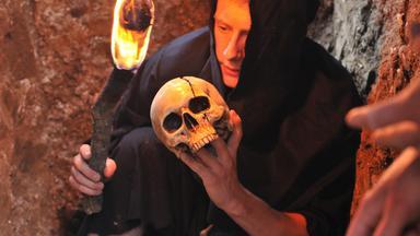 Zdfinfo - Auf Der Suche Nach König Artus Grab