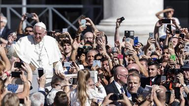 Sonntags - Tv Fürs Leben - Fünf Jahre Papst Franziskus