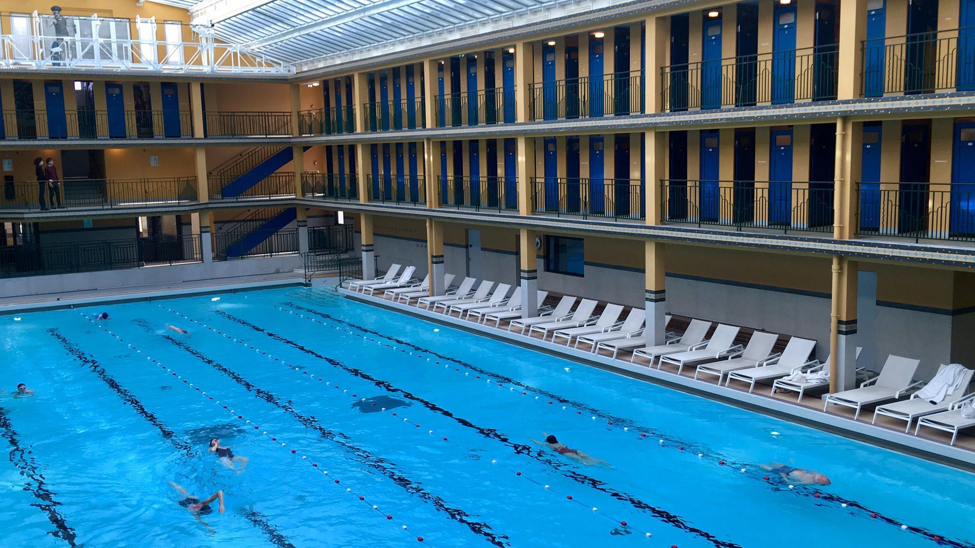 Kunst Im Pariser Schwimmbad Molitor Zdfmediathek