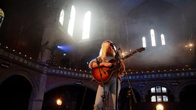 Pop Around The Clock - Laura Marling: Live From Union Chapel