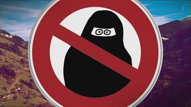 Verbotsschild mit Burkaträgerin