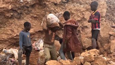 Zdfinfo - Saubere Autos, Schmutzige Batterien – Kobaltabbau Im Kongo