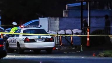 Nach einer Schießerei in einem Nachtclub in Cincinnati wird ein Opfer des Schusswechsels geborgen.