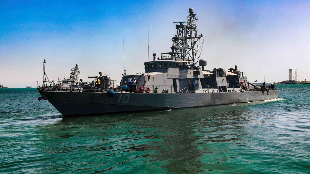 US-Marine feuert Warnschüsse gegen iranische Boote