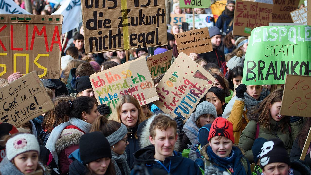 Demo Fur Klimaschutz Wir Fangen Gerade Erst An Zdfheute