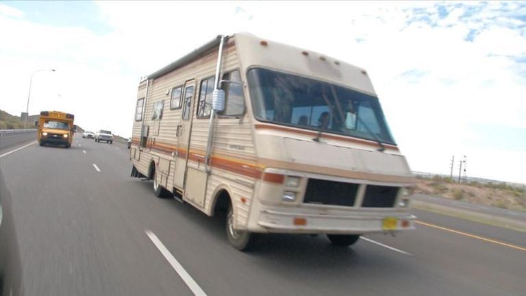 Sich einmal fühlen wie Jesse Pinkman und Walter White? Kein Problem: In Albuquerque fährt ein originalgetreues Wohnmobil die Drehplätze von Breaking Bad ab - Serien-Feeling pur.