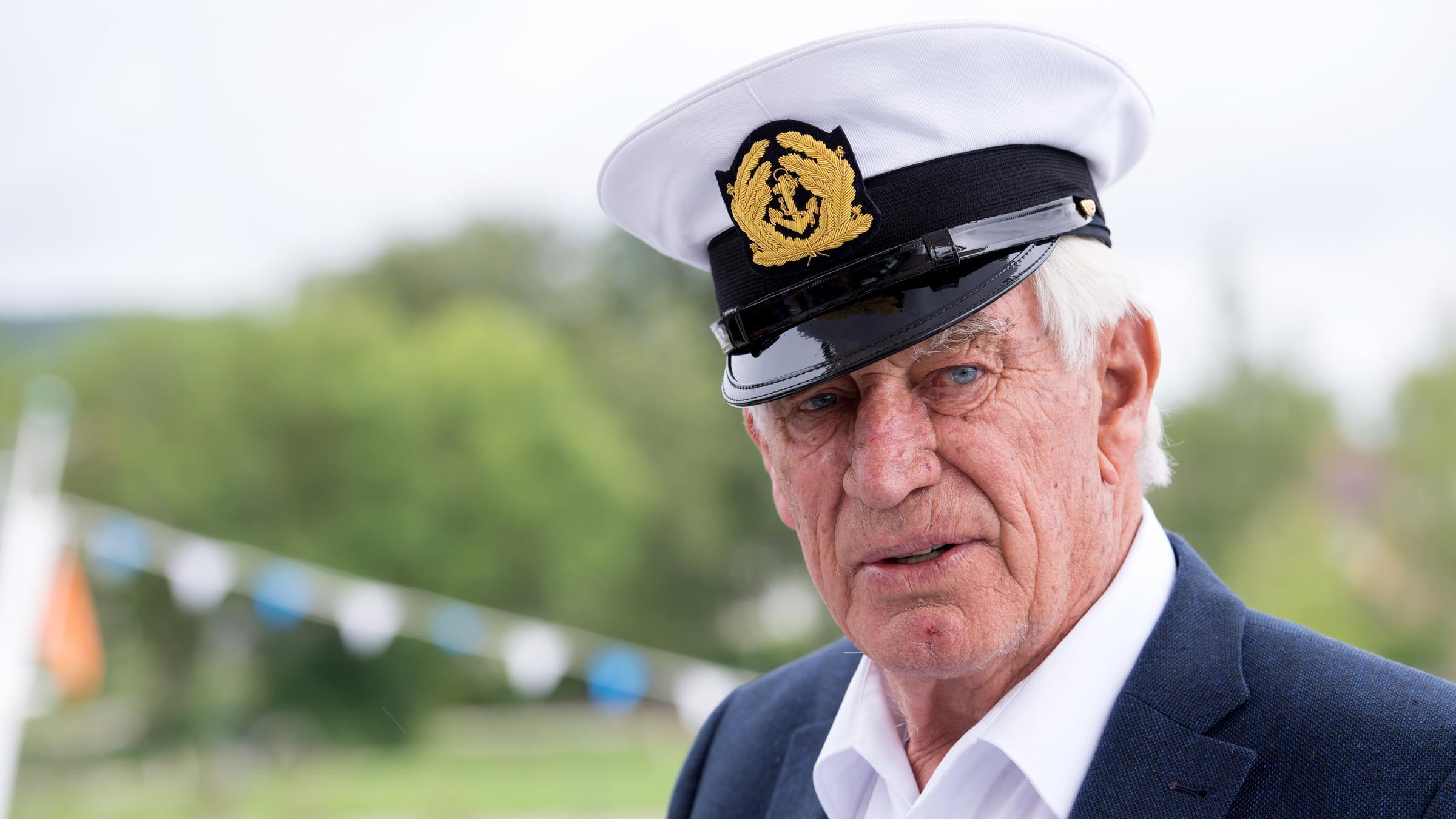 Die Kapitäne Von Das Traumschiff Zdfheute