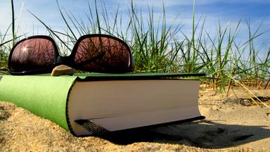 Aspekte - Die Kultursendung Im Zdf - Bücherfrühling - Eine Literarische Reise Durch Den Osten