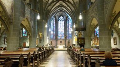 Gottesdienst - Wenn Glaube Einzieht