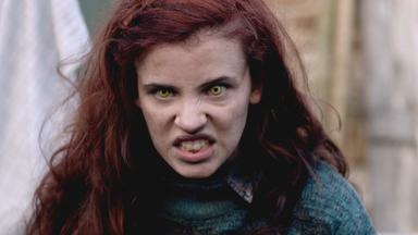 Wolfblood - Verwandlung Bei Vollmond - Wolfblood: Staffel 2 - Das Mädchen Aus Dem Nirgendwo