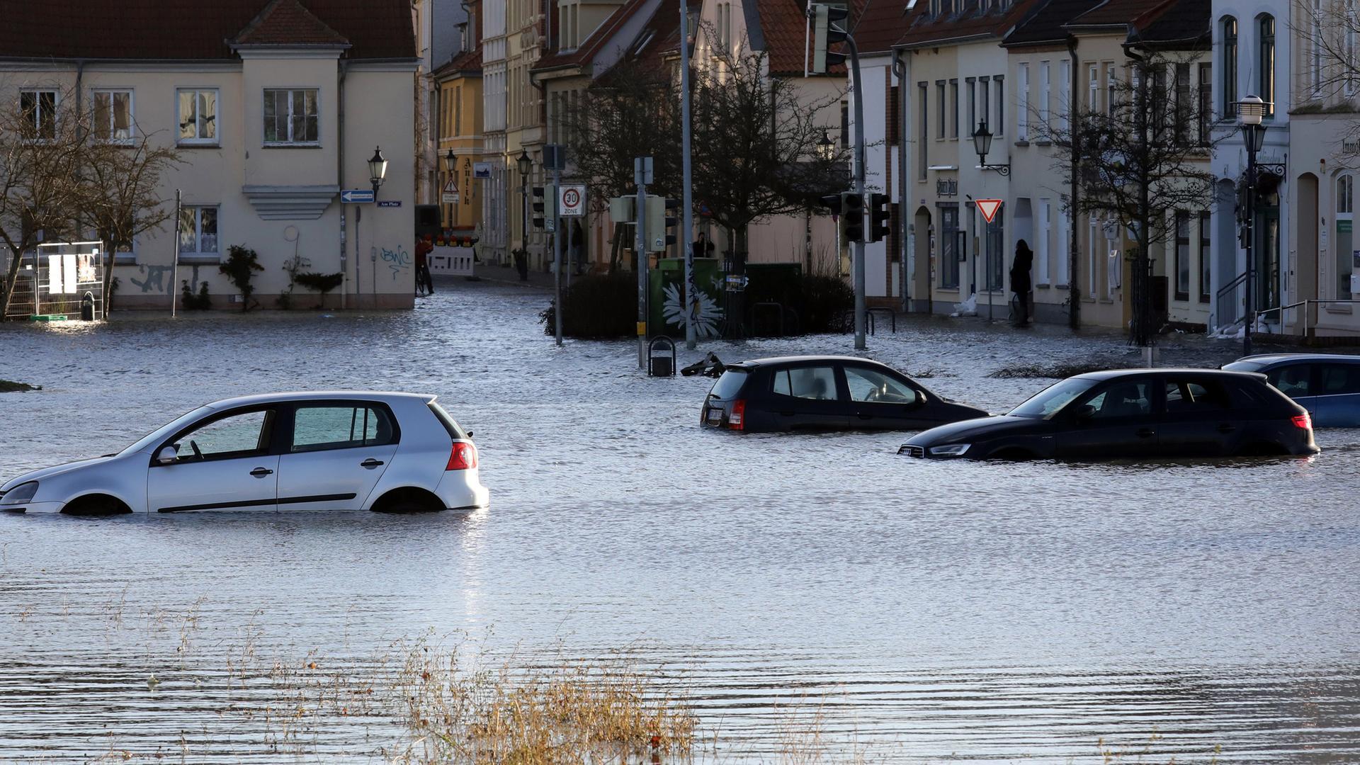 Bildergebnis für Sturmflut 2019