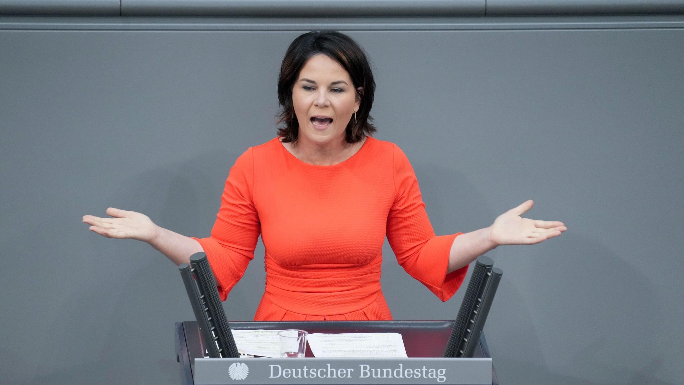 Baerbock Wirft Cdu Spalterische Politik Vor Zdfheute