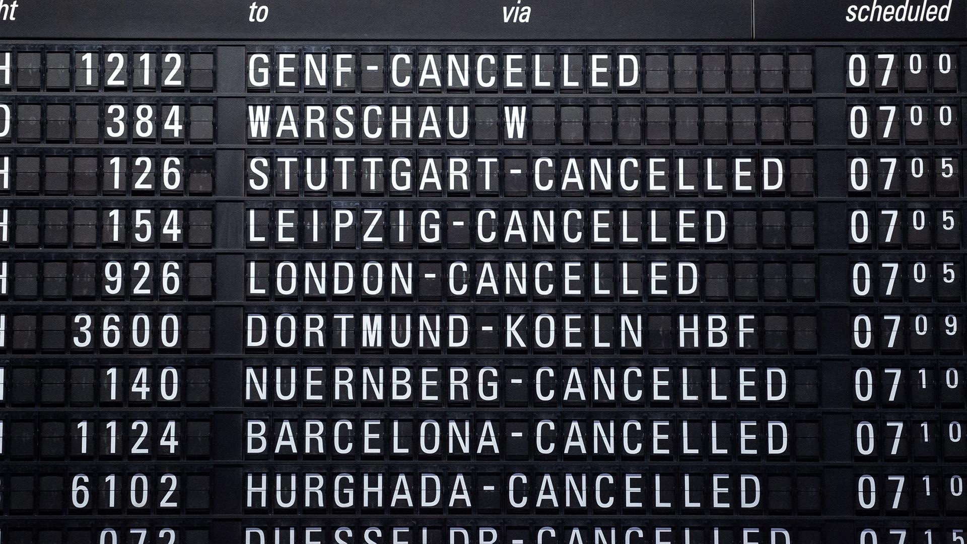 Streik Am Frankfurter Flughafen Hälfte Der Flüge Gestrichen