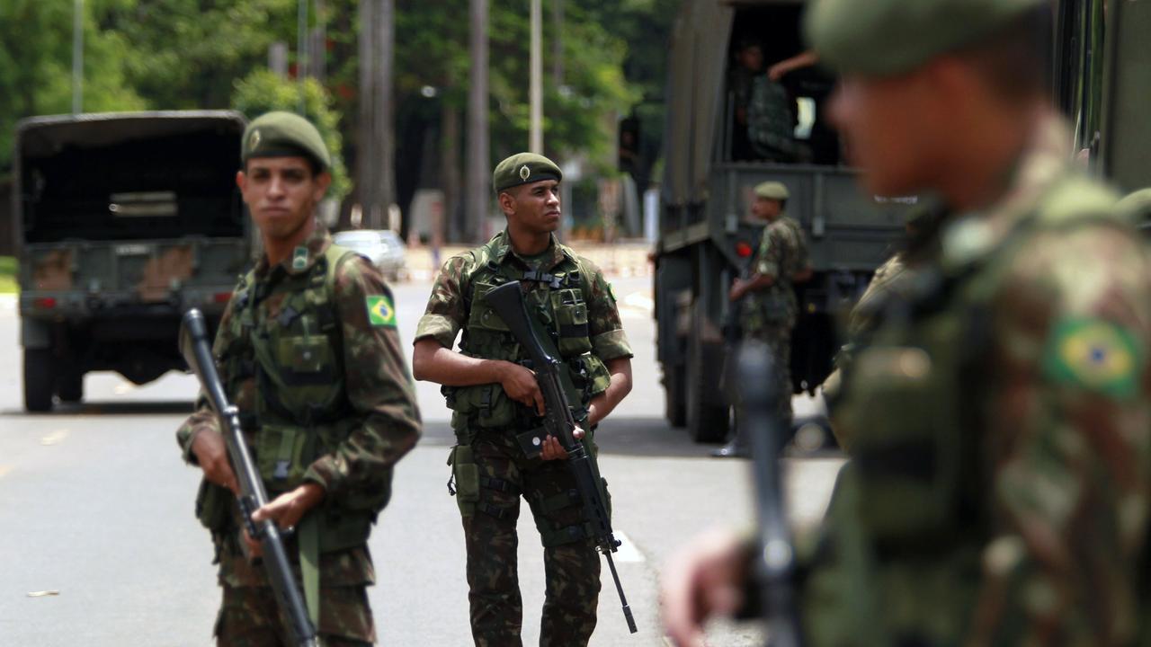 Bandenkriminalität in Brasilien: Bolsonaro schickt 300 Soldaten