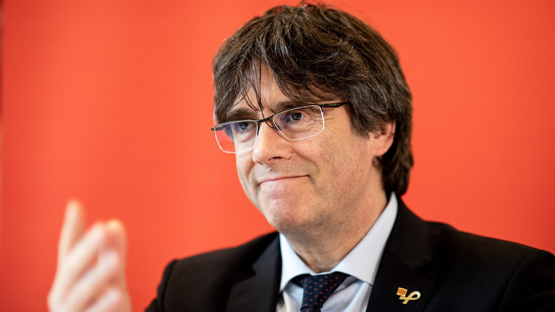 Puigdemont will Zutritt erstreiten