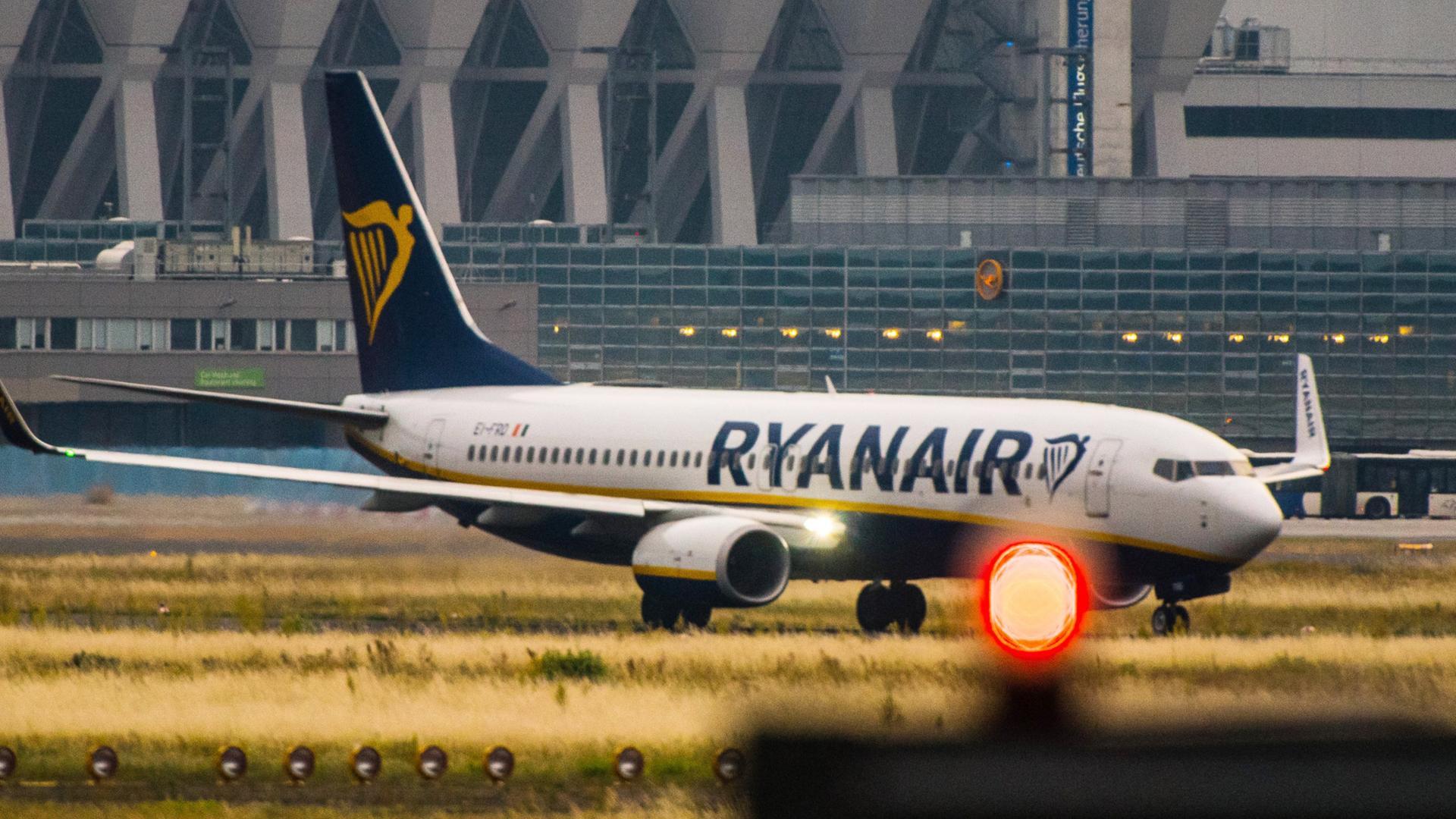 146 Flüge Gestrichen Neue Streikwelle Bei Ryanair Zdfmediathek