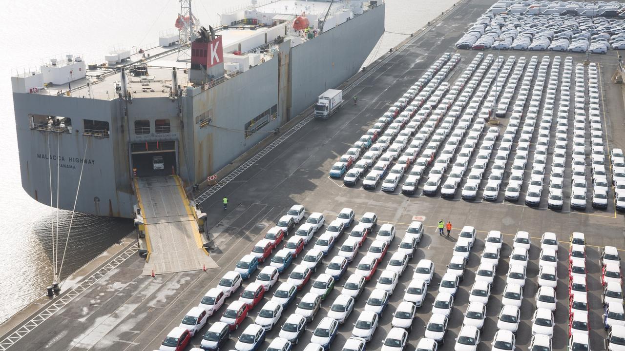 Handelsstreit mit USA: EU prüft Vergeltung für Autozölle