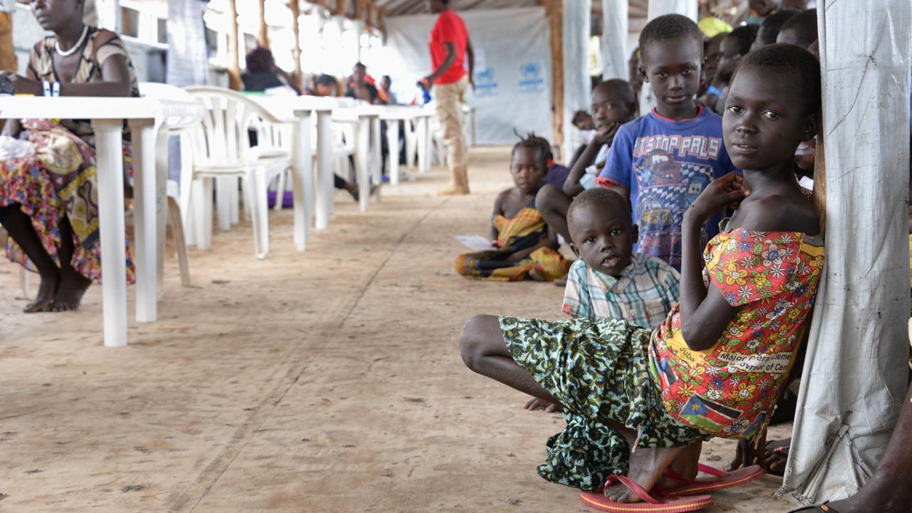 UNHCR korrigiert Zahlen: Weniger Flüchtlinge in Uganda - ZDFmediathek