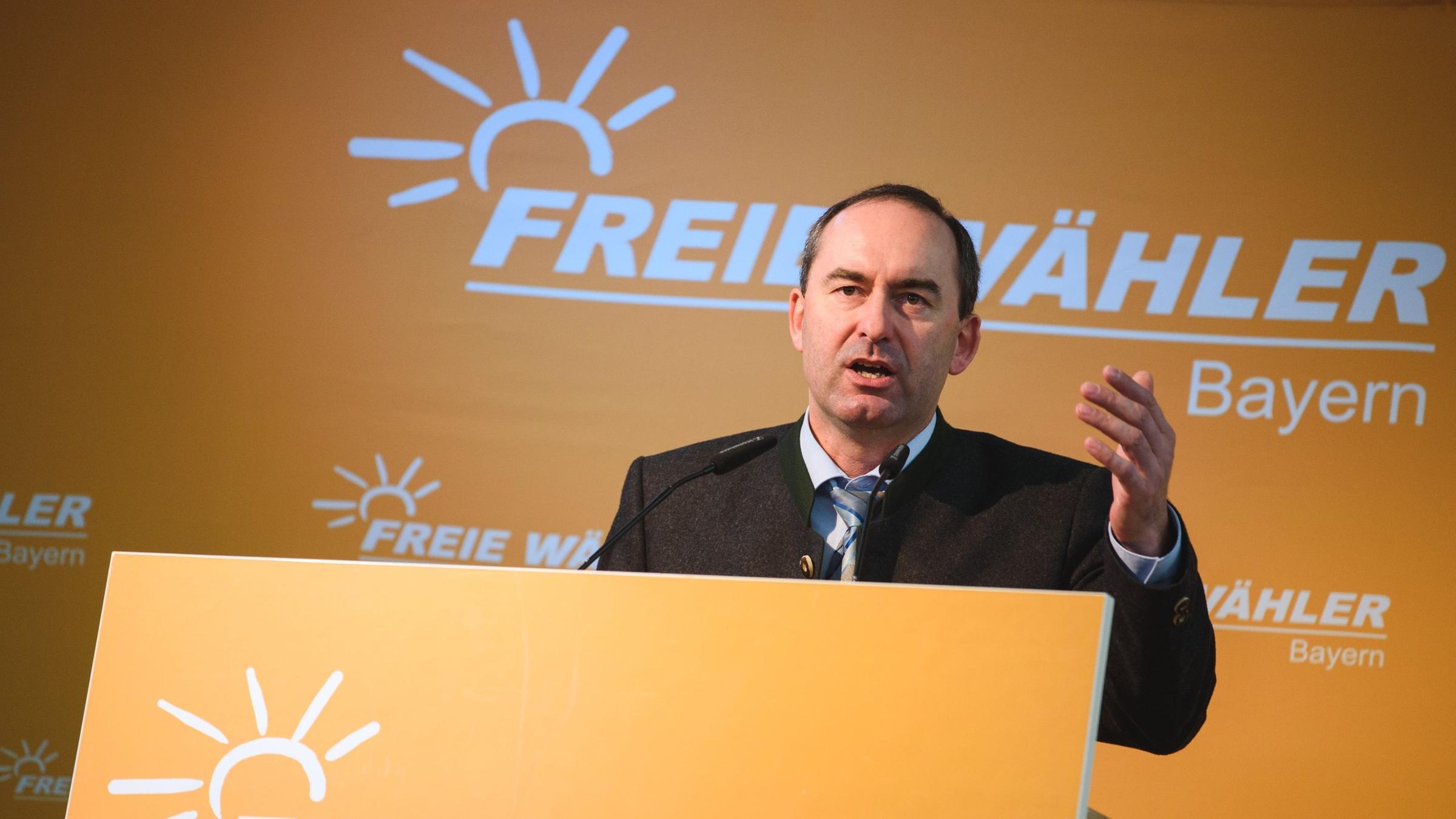 Freie Wähler: Aiwanger bleibt Bundesvorsitzender - ZDFheute