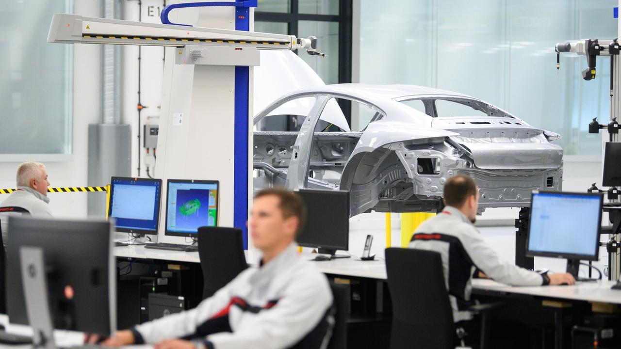 Produktion stockt zeitweise: IT-Probleme legen Porsche