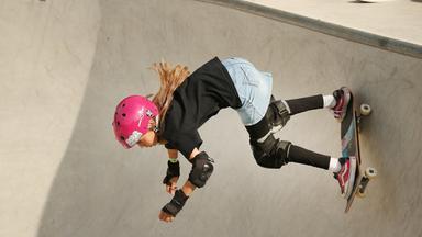 Lilly Stoephasius ist neue deutsche Skateboard-Meisterin.