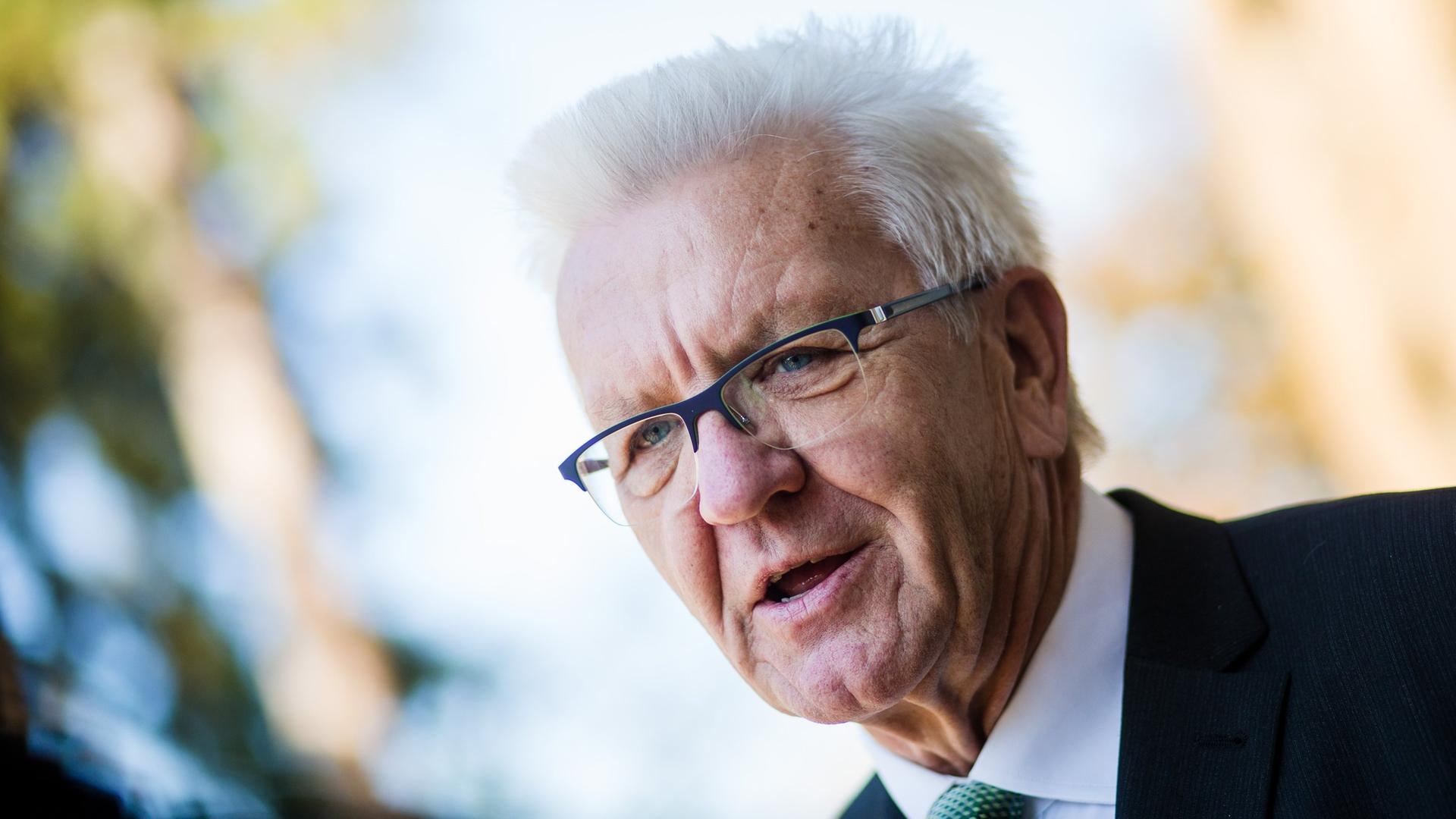 """Neustart für Südschiene: Kretschmann: """"Es geht gut mit dem Söder"""""""