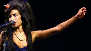 Zdfinfo - The Day The Rock Star Died: Amy Winehouse