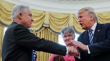 Trump mit Sessions