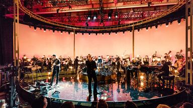 Pop Around The Clock - U2: Live In London 2017