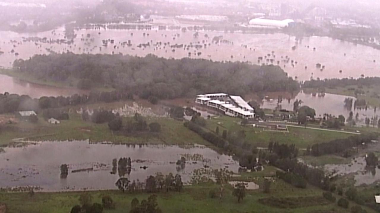 Ersehnter Regen bringt Überschwemmungen