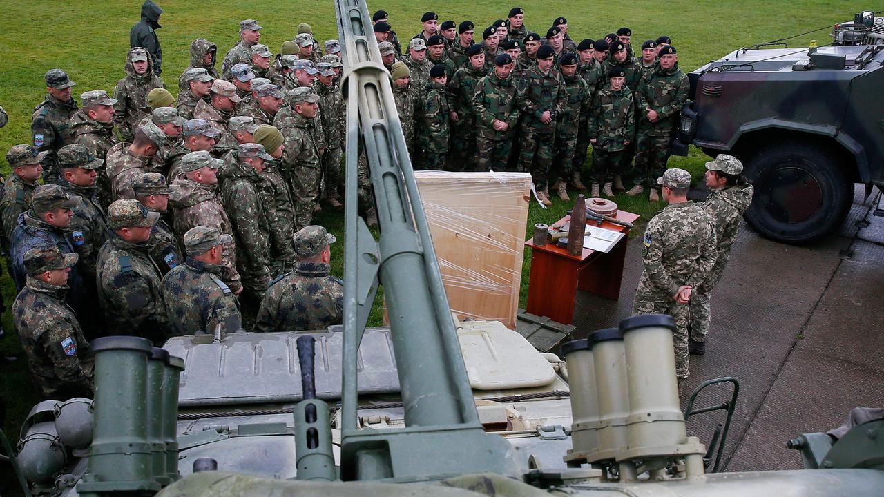 Ukraine und Nato halten Militärmanöver ab