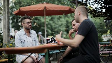 Zdfinfo - Unter Beobachtung - Muslimische Männer In Deutschland