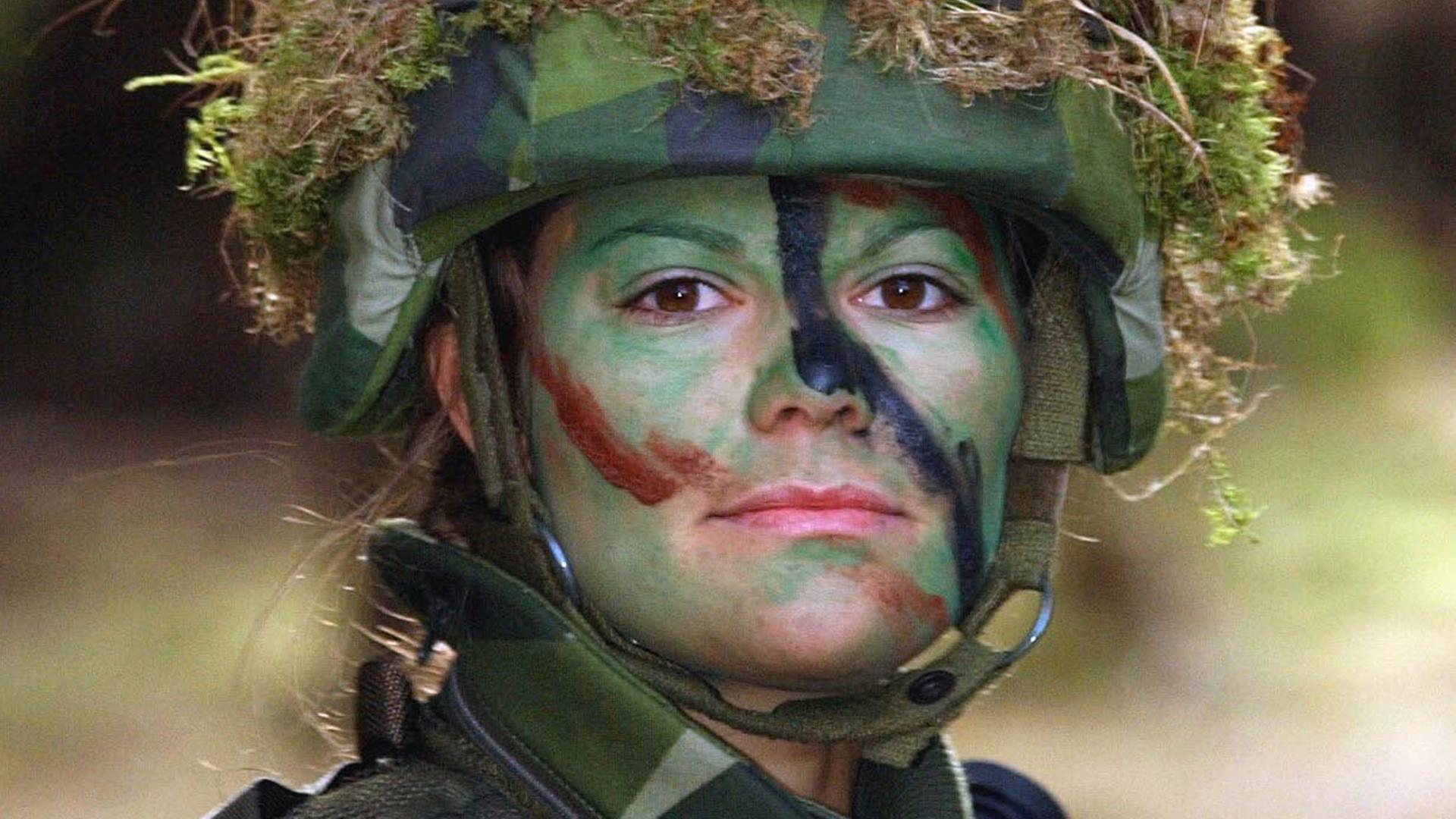 Charmant Armee Lebenslauf Probe Fotos - Entry Level Resume Vorlagen ...