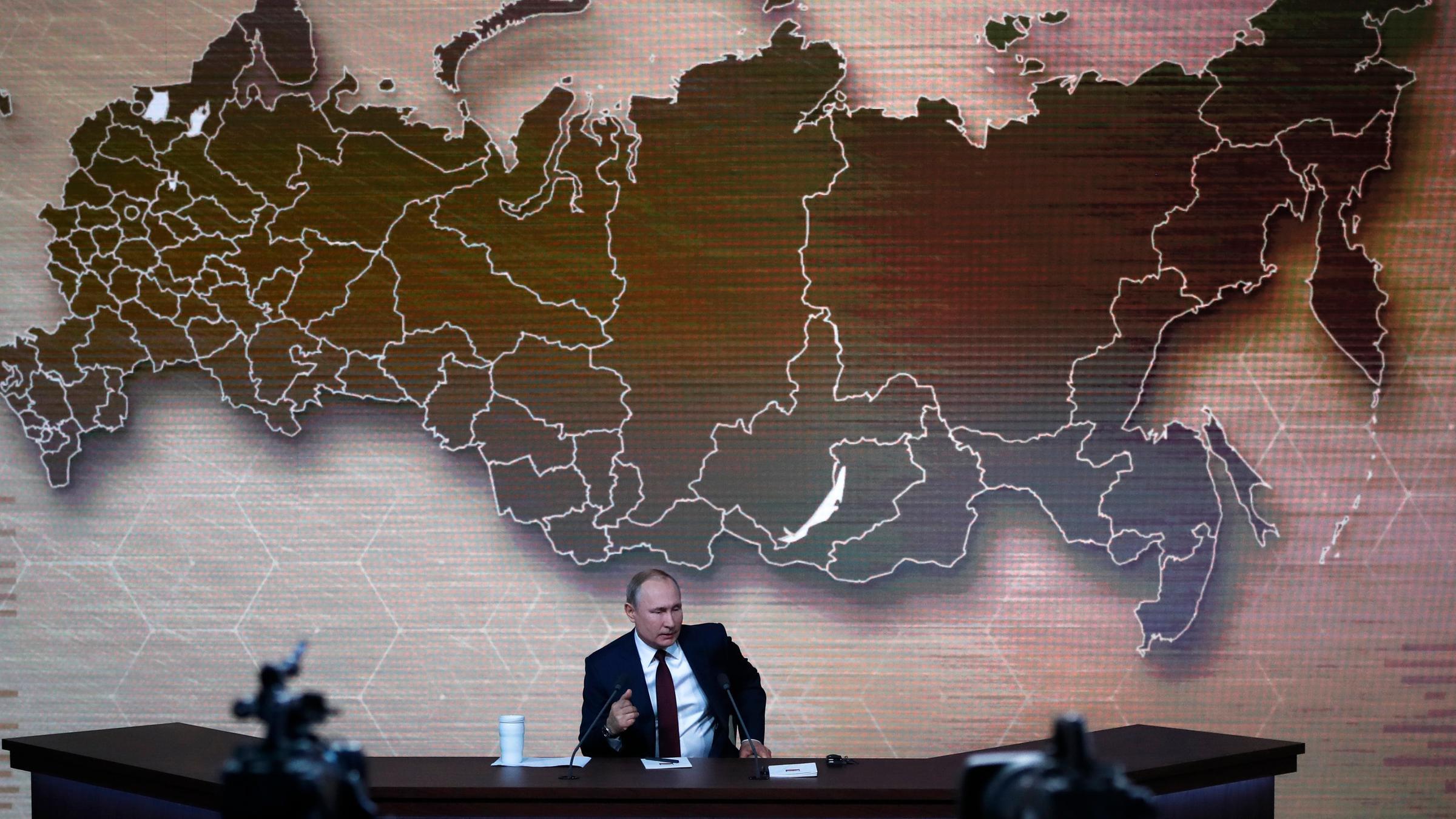 Hitler-Stalin-Pakt: Putin kritisiert Europaparlament - ZDFheute