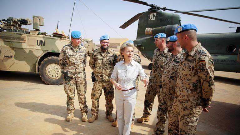 Bundesverteidigungsministerin von der Leyen in Mali.
