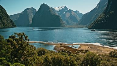 Zdfinfo - Vulkane In Neuseeland: Das Fruchtbare Erbe