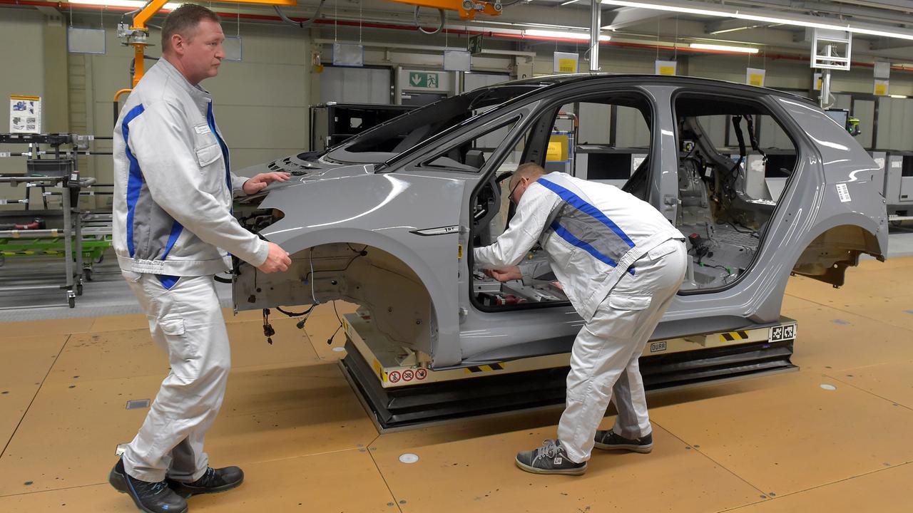 Elektromobilität: VW startet Serienproduktion des ID.3 ...