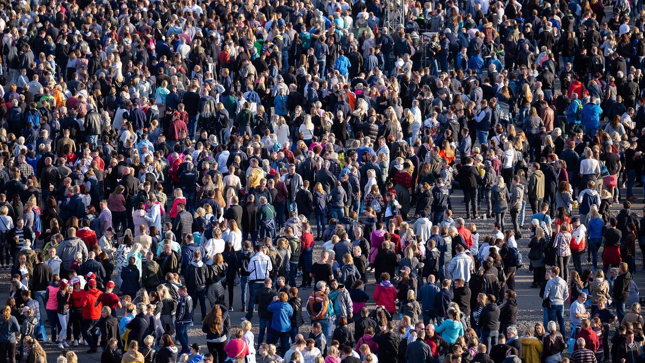 Wie Viele Menschen Leben Auf Der Welt 2021